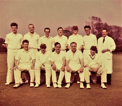 Mid 1960s team picture. Les Dover centre standing.