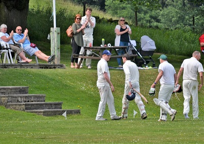 Alex 141 not out receiving applause from both sides.